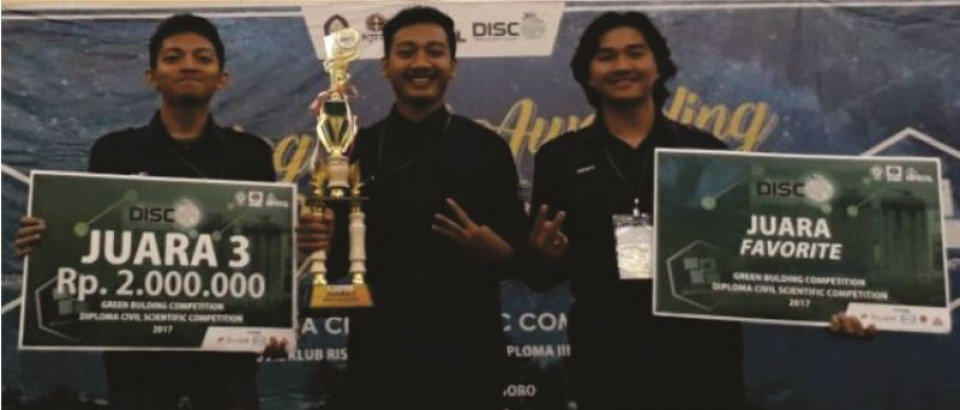 JUARA 3 LOMBA GREEN BUILDING COMPETITION